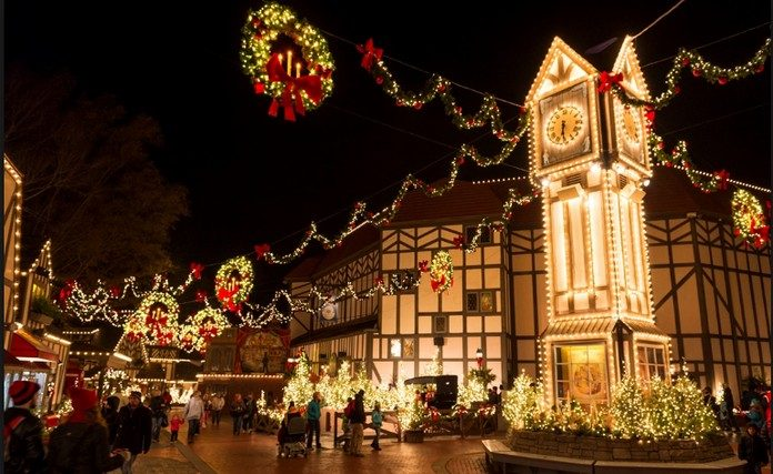 Top 10 American Towns For The Best Christmas