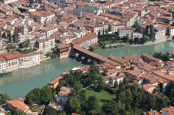 10 most beautiful towns in northern italy for Arredamento bassano del grappa