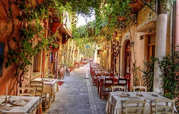 top 10 most beautiful streets in italy