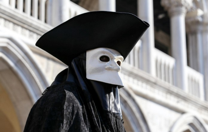 The Masks Of Venice What Are They And Why Do People Wear