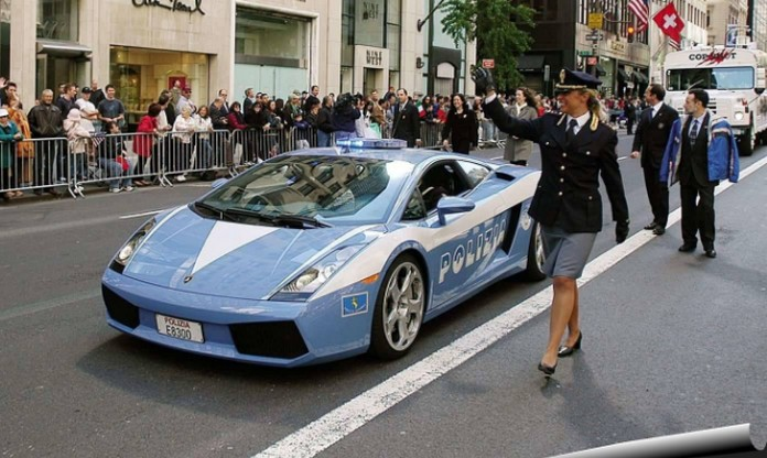 Italian Police Showcase Their Lamborghini During The Yearly Parade Trough  The Streets Of New York City In USA On Columbus Day (October)! ...